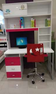 Kids straight desk
