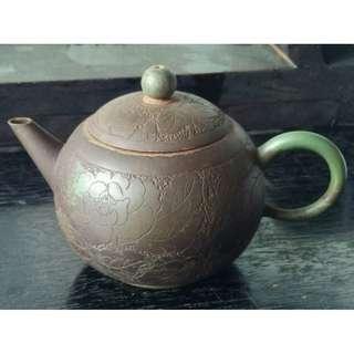 二手有嗑傷大舅公家的荊溪惠孟臣落款紫砂壺泡茶茶壺有歷史使用痕跡