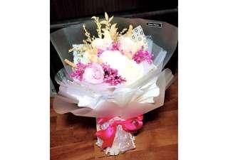 Preserved Flower Bouquet (Medium)