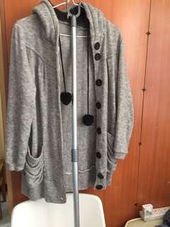 Grey sweater outer