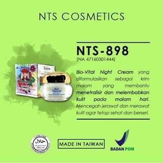 Whitening Cream Krim Pemutih Wajah Pelembab Wajah Foundation NTS New Topsyne 898