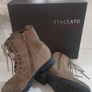 Authentic staccato preloved shoes