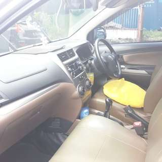 Rental mobil untuk driver taxi online