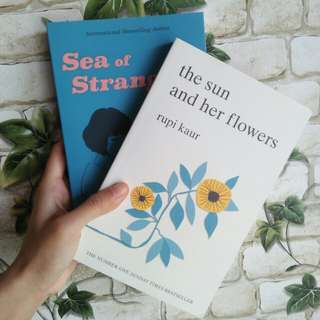 INSTOCK Sea of Strangers & The Sun and her Flowers