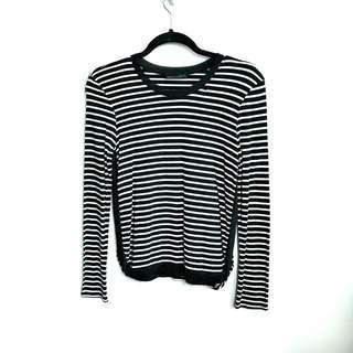 Black & White Stripe Long Sleeves