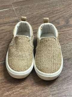 sepatu brand zara