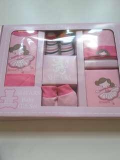 SHEARS 6pcs Baby Gift Set
