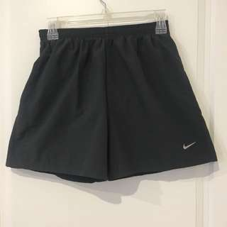 Nike shorts dry fit small