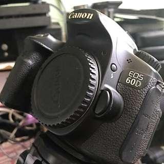 Canon 60D + 2 lenses + tripod + accessories