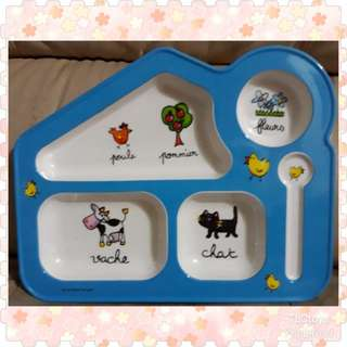 Fun Colourful Plates with Compartments