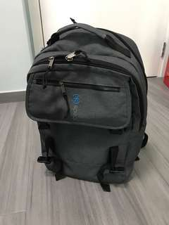 "Speck the ruck 背朗 fits 15"" laptop"