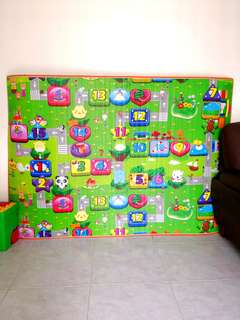 BN Thickly Padded Playmat