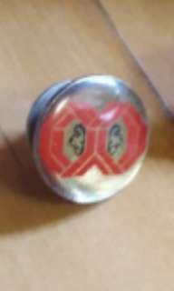 公益少年團 金屬徽章 CYC Badge