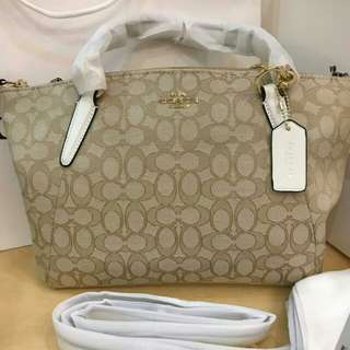 COACH SIGNATURE  KELSEY  WHITE BEIGE OLOR ( MEDIUM SIZE )