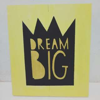Pajangan Dinding Dream Big