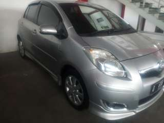 Toyota yaris S matik ltd 2010