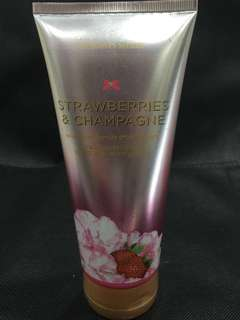 STRAWBERRY & CHAMPAGNE HAND & BODY LOTION