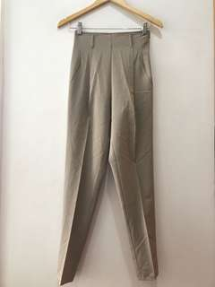 excellent condition Benetton high waist khaki slim pants - 26 when measured