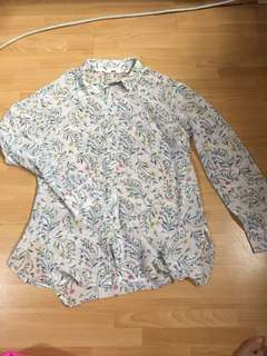 White + floral designs Long sleeved top