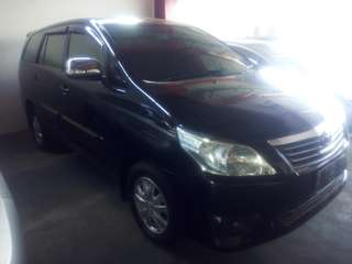 Toyota Innova E manual 2011