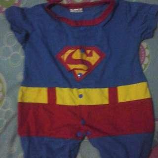 Super Custume