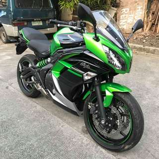 Kawasaki Ninja 650 2016 model 5k odo green low odo fresh