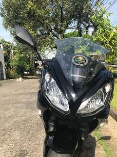 Kawasaki Ninja 650 2016 model black 5k odo almost bnew