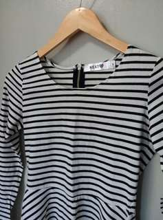 Striped longsleeves peplum blouse