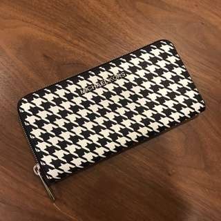 Michael Kors Wallet B&W