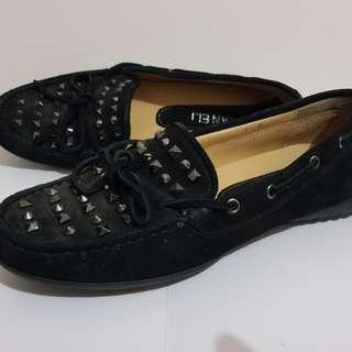 Van Eli Italy studded loafers