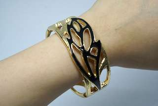 Gold Metal Bangle with Leaf Detail