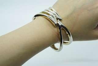 Gold Metal Cuffs Bracelet