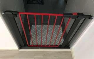 Brand New Baby Gate / Pet Gate / Room Gate