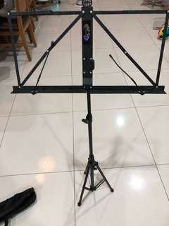 Lawrence music stand