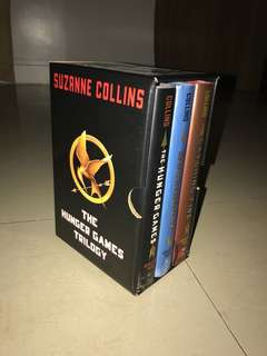 The Hunger Games Trilogy (HARDBOUND)
