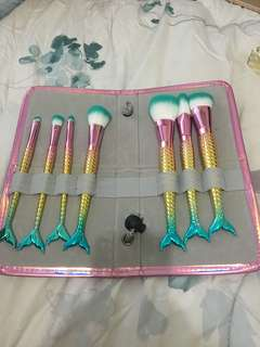 Mermaid Brushes w/ pouch