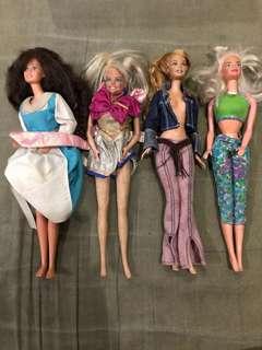 Dolls (barbie , bratz etc) 300 each