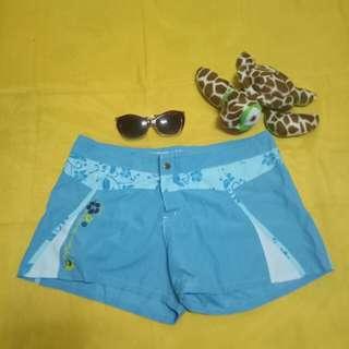 Board shorts (floral print)
