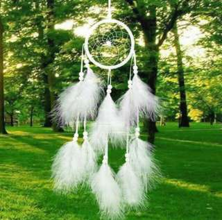 [INC POSTAGE] Dreamcatcher white