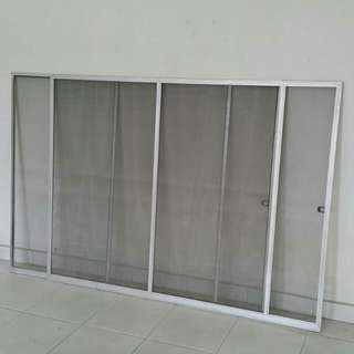 "Window mosquito net 4'11""x3'8.5"""