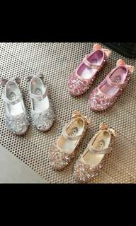 Girls sparkles shoe