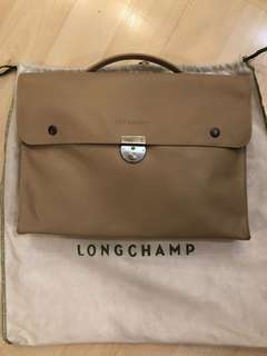 100% authentic longchamp leather briefcase in light brown colour