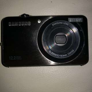 Digital Camera Samsung 12.2mega pixel