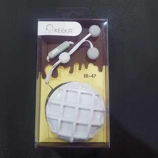 Keeka earpiece