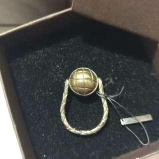 全新Bottega Veneta Silver Ring Size 6 or Size 7