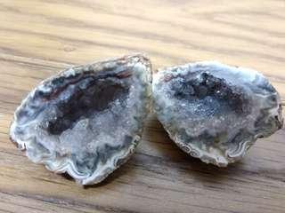 迷你水晶洞 雷公蛋 聚寶盆 37g [無架〕