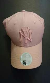 全新NEW ERA粉紅色cap帽