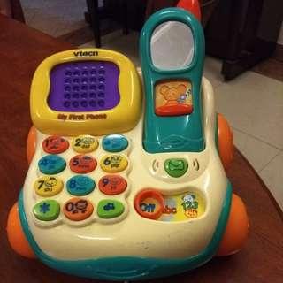 Vtech first phone (digital screen, sound, light, recorded mailbox)