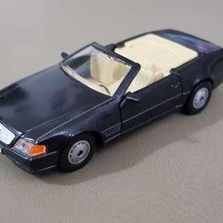 Vintage diecast car- Merc 500SL