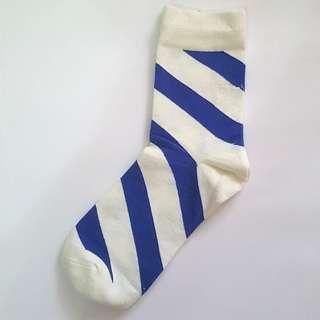 藍色斜間襪